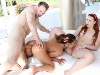 74320 01 01 320x240 - Rocco's Dirty Girls #06, Scene #01