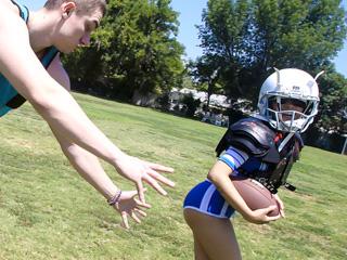 exxxtrasmall Amber Summers Tiny Touchdown Twat