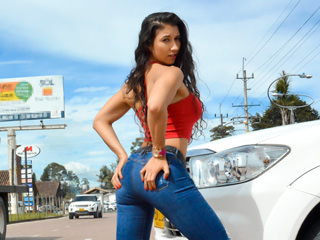 oye loca Mariana Lopez Another Day In Latina Pussy Paradise