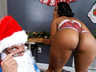 superbig 31 320x240 - Santas Cumming Down Her Chimney