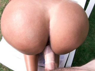 superbig 344 320x240 - Juicy Colombian Pussy