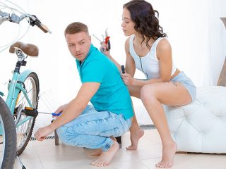 5c2b413c 320x240 - Sex for bicycle repair