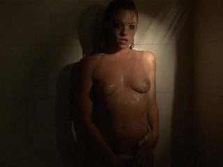 Dahlia's naughty shower fun
