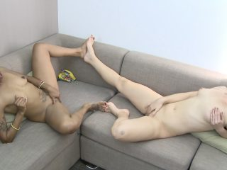 Lotus and Ashlynn have foot fetish fun on the couch