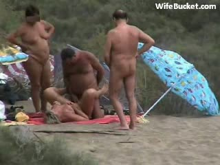 smb wb swingers on the beach - Spying Swinger Couple Fucking at the Beach