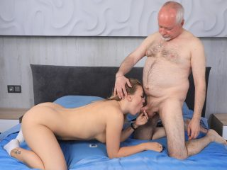 Sweetie thanks a caring mature man with hard sex