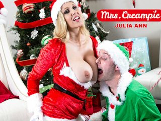 Sexy Julia Ann fucks a lil elf's big cock