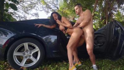 Exotic Latina Big Tits Luna Star Gets Big Cock In Car Public