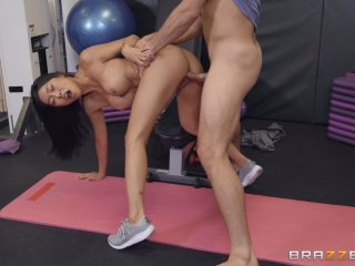 Honey Moon Petite Asian Fucked After Workout In Gym 320x240 - Honey Moon Petite Asian Fucked After Workout In Gym
