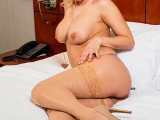 390x590c 250 320x240 - Katie Morgan gives fulfills fans ultimate sexual fantasy