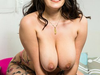 390x590c 90 320x240 - Laila Lust is all wet and needs her friend's boyfriend to slip his dick in her!!!
