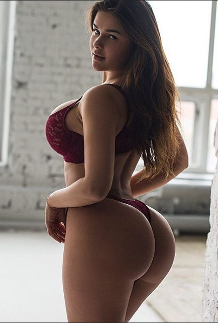 Anastasiya Kvitko Hot Booty Huge Tits - Anastasiya Kvitko Nude OnlyFans Big Tits Squeezing