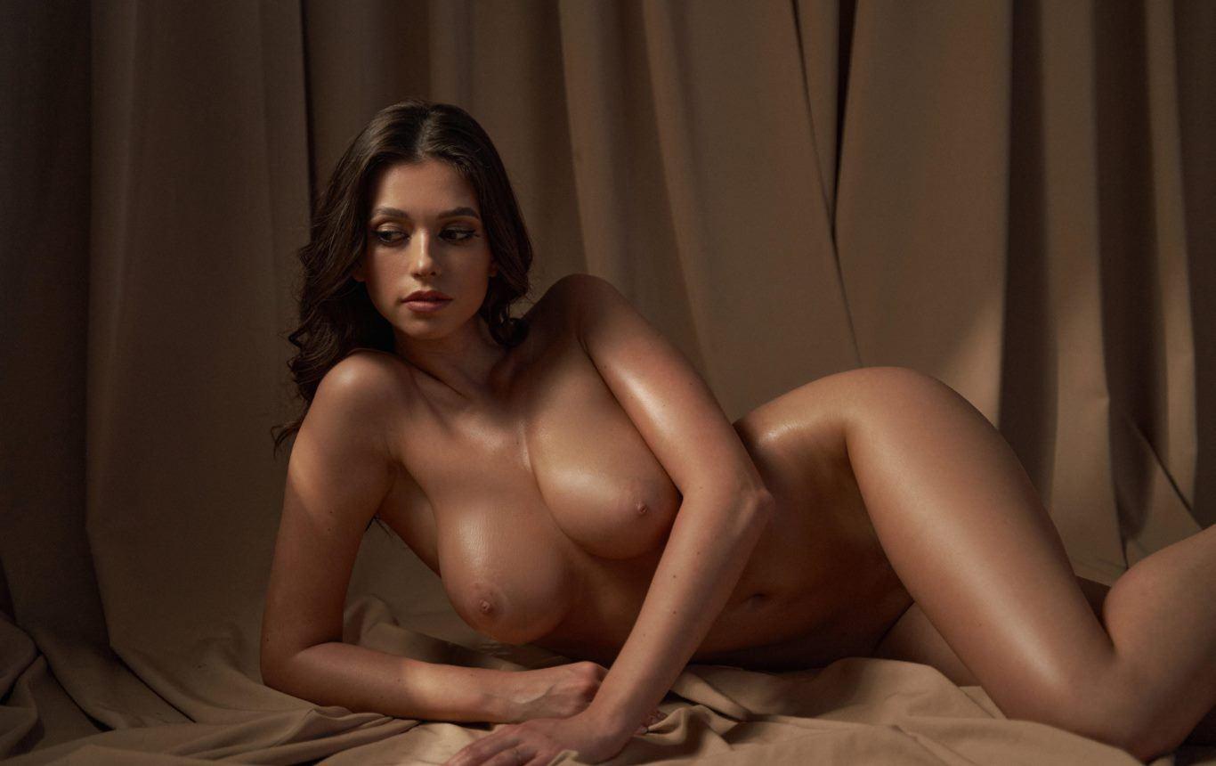 Cristy Ren Nude OnlyFans Leaked Big Natural Tits - Cristy Ren Nude OnlyFans Big Natural Tits