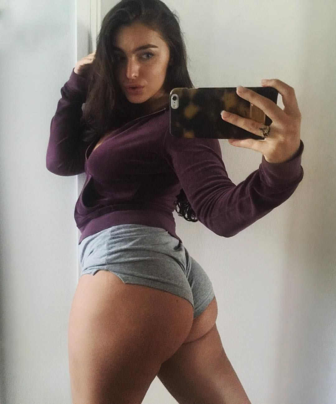 Emily Rinaudo big ass in hot short pants selfie - Emily Rinaudo Nude OnlyFans Oiled Tits Leaked Video
