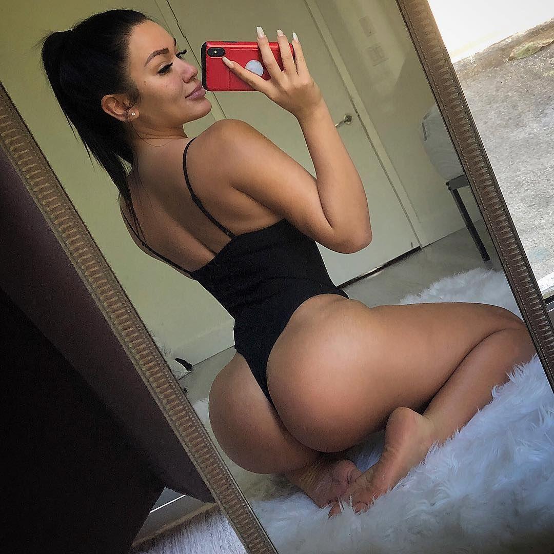 Genesis Lopez big booty perfect hot body selfie - Genesis Lopez Onlyfans Nude Big Tits Perfect Ass Shower