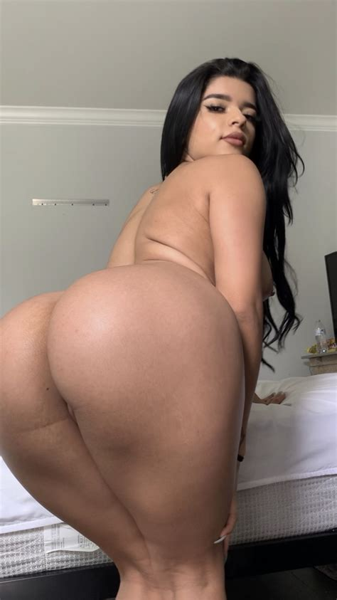 Juanita Belle fully nude showing big ass on onlyfans leak - Tyga And Juanita Belle OnlyFans Leaked Sex Tape