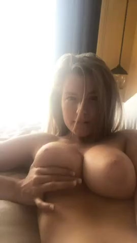 Blonde Babe OnlyFans Nude Big Natural Tits