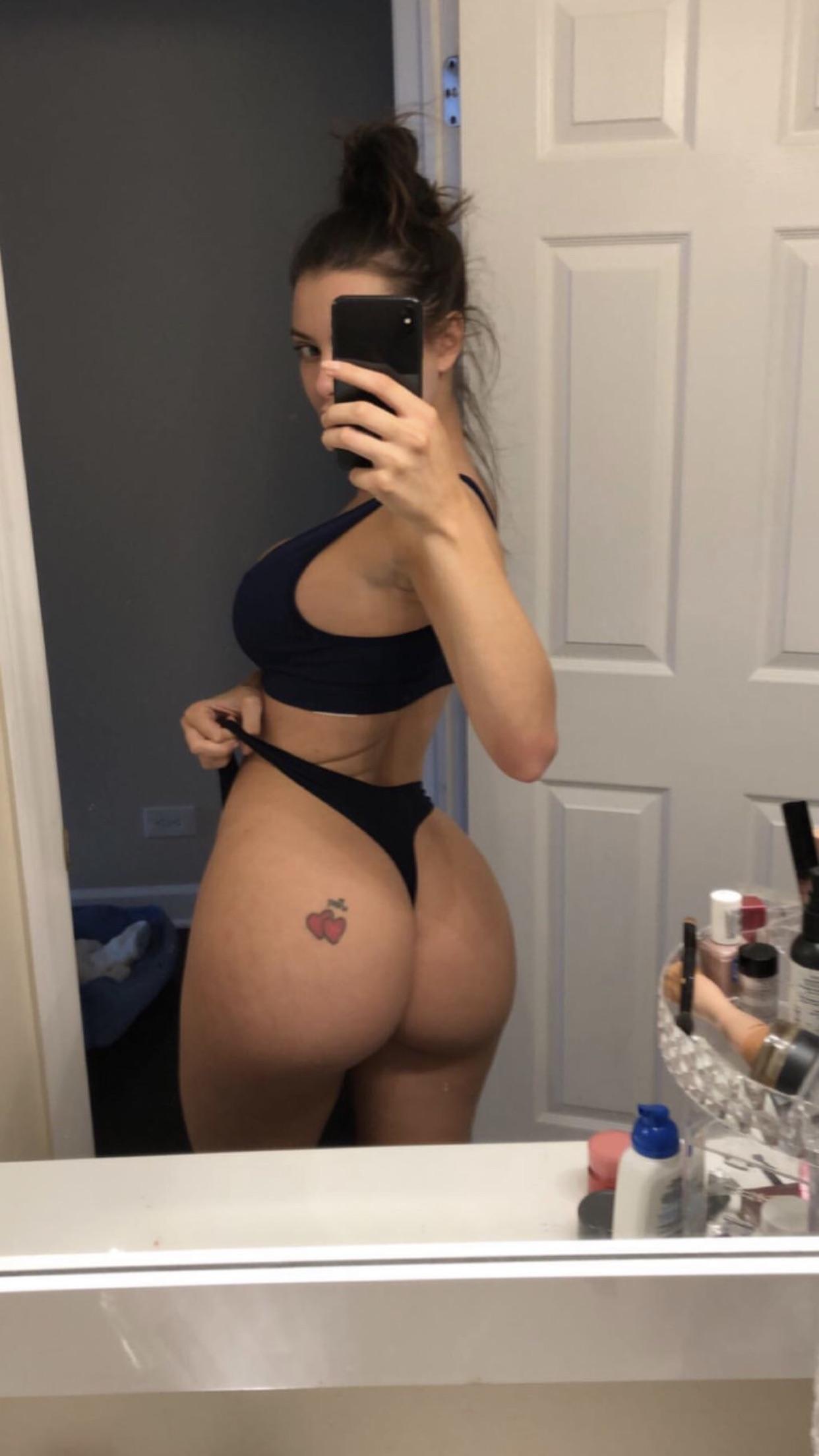 Lana Rhoades most hottest pornstar big booty - Lana Rhoades OnlyFans Nude Porn Videos