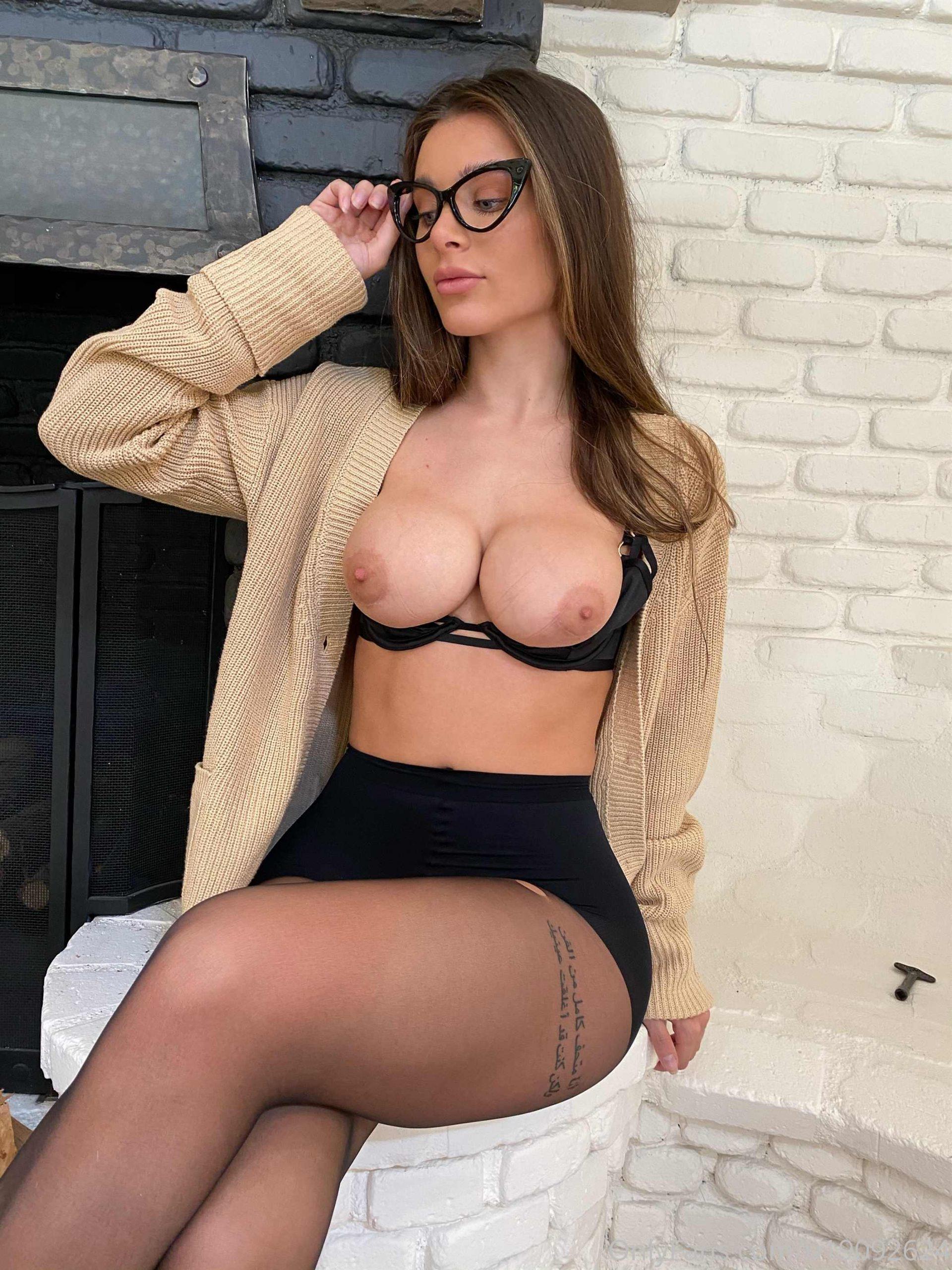 Lana Rhoades nude big tits onlyfan leaks - Lana Rhoades OnlyFans Nude Porn Videos