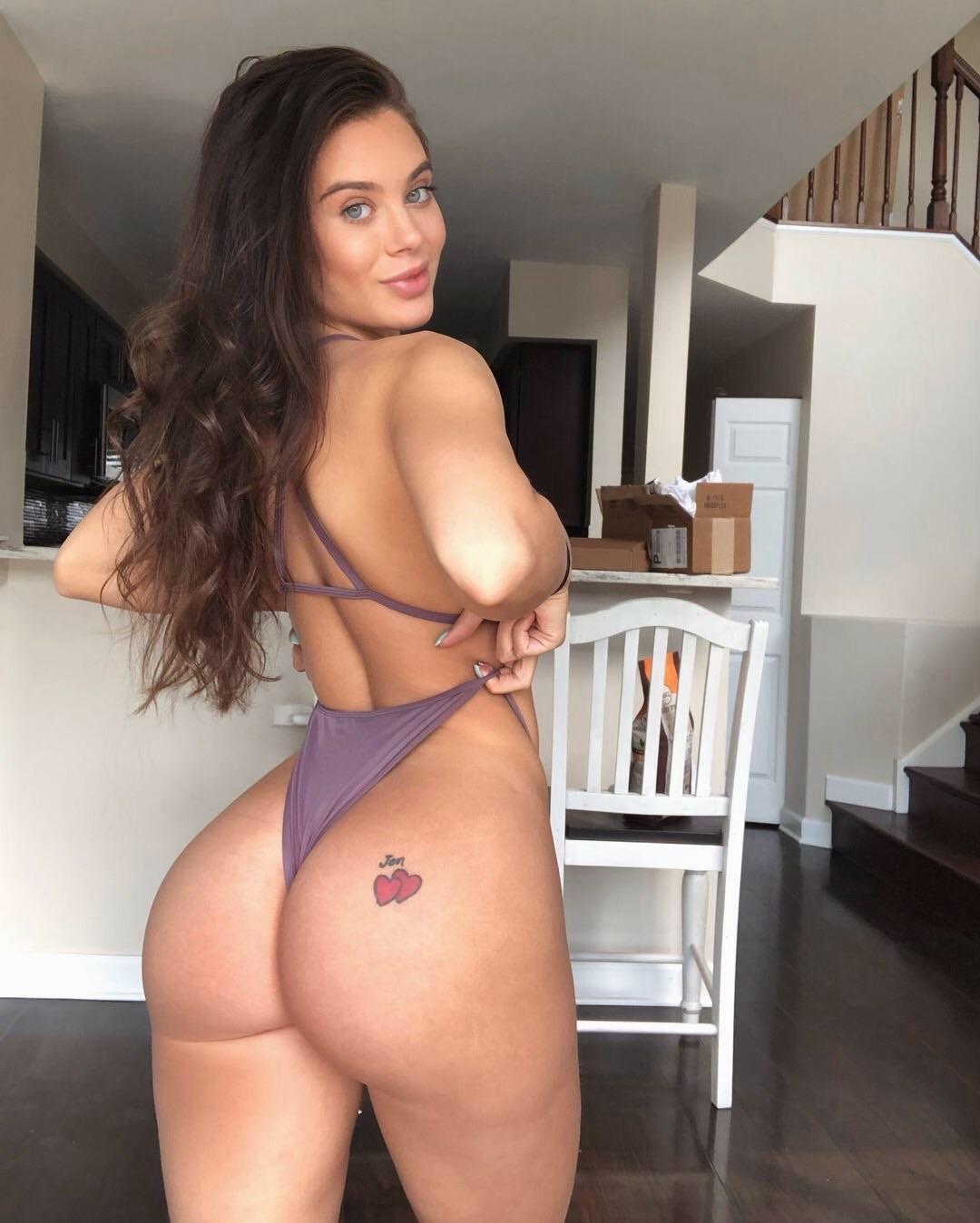Lana Rhoades onlyfans super hot booty - Lana Rhoades OnlyFans Nude Porn Videos