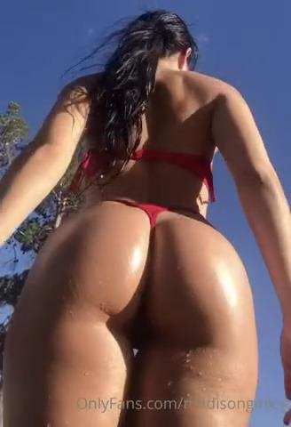 Madison Ginley wet body tease in bikini - Madison Ginley Nude Xxx OnlyFans Leaks