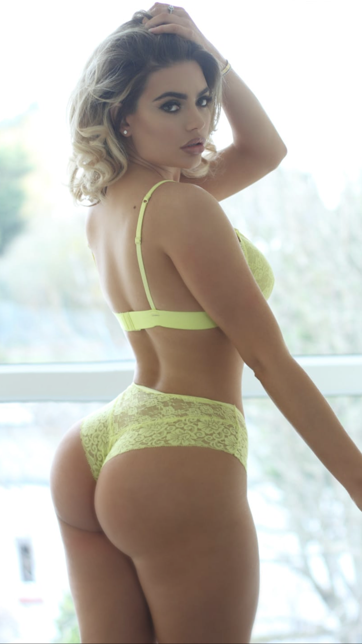 Perfect Ass Hot Babe In Lingerie Megan Barton Hanson - Megan Barton Hanson Nude Big Tits OnlyFans Leaked Video