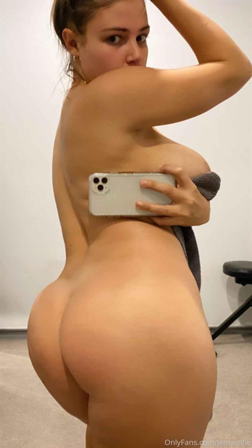 jem wolfie nude selfie - Jem Wolfie Jiggle Nude Natural Big Boobs OnlyFans
